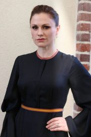 Anna Paquin Stills at HFPA Offices in Los Angeles 2018/01/31