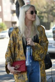 Ashlee Simpson Stills Out Shopping in Los Angeles 2018/02/08
