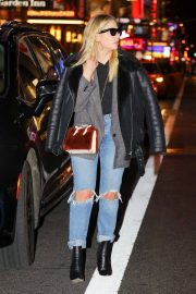 Ashley Benson Stills Out at Times Square in New York 2018/02/09