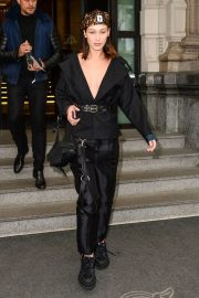 Bella Hadid Stills and About Out in Milan 2018/02/23