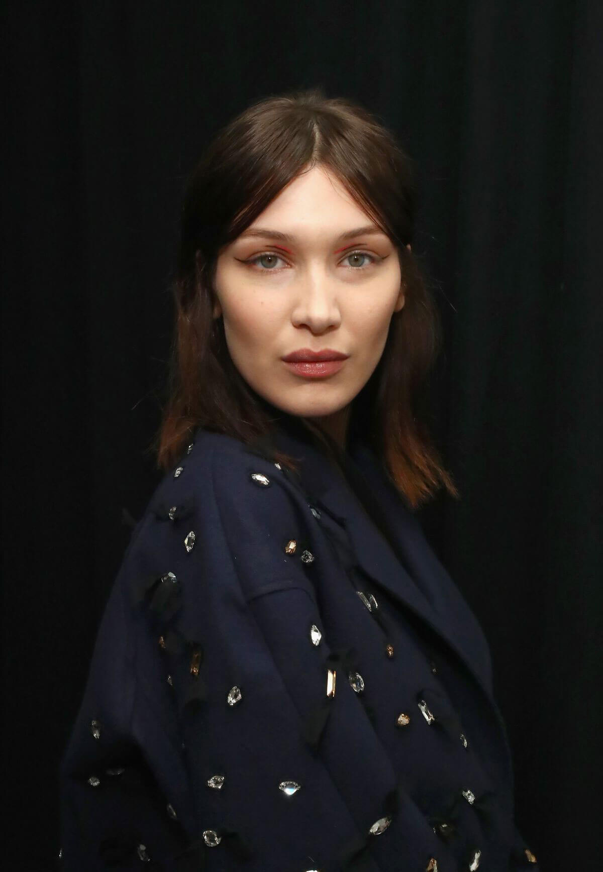 Bella Hadid Stills on the Backstage of Jason Wu Show at NYFW in New York 2018/02/09