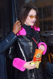 Bella Hadid Stills Out and About in New York 2018/02/10
