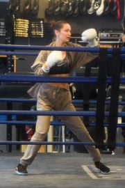 Bella Hadid Stills Workout at a Gym in New York 2018/02/06