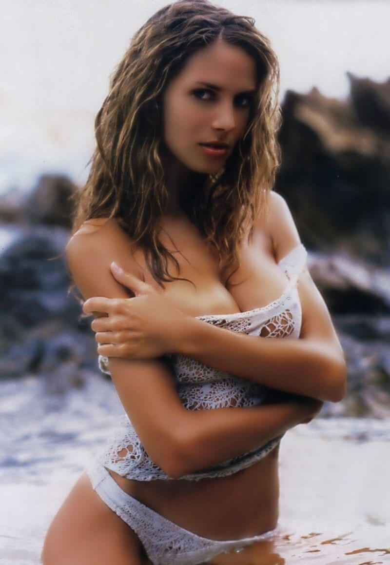 Best from the Past - Heidi Klum Poses for Sports Illustrated, 2000 Photos