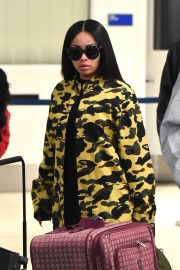 Blac Chyna Stills at Los Angeles International Airport 2018/02/03