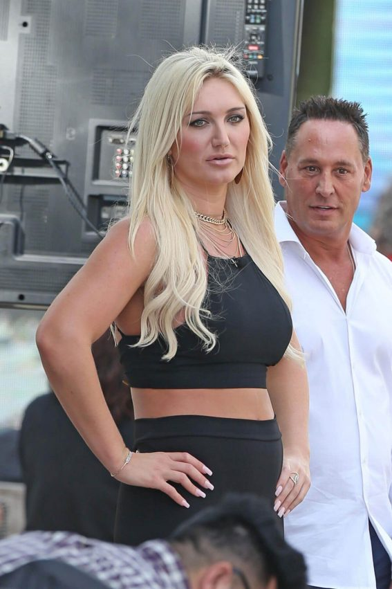 Brooke Hogan Stills at an Event at National Hotel in Miami Beach 2018/01/08