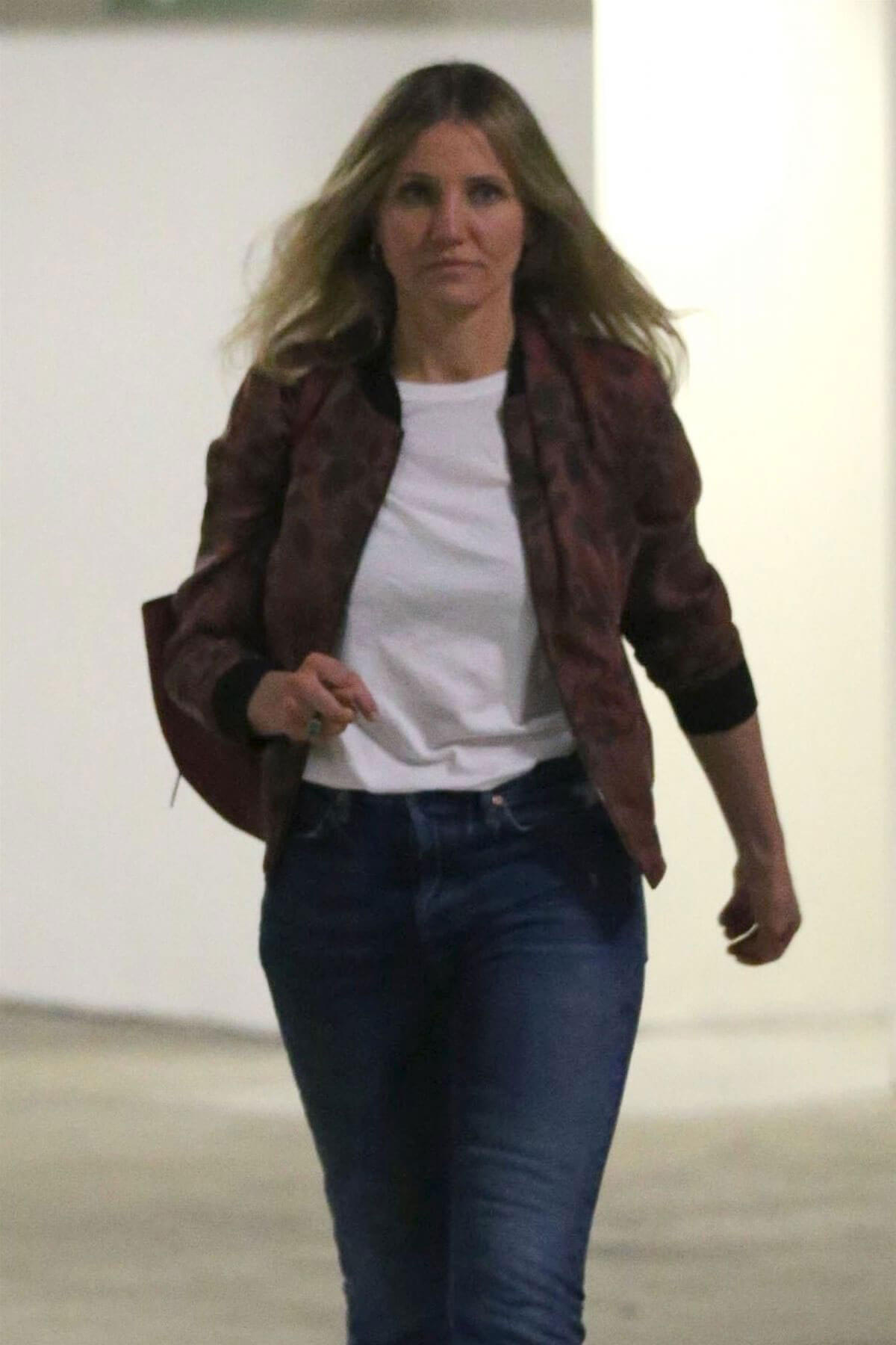 Cameron Diaz Stills Out and About in Beverly Hills 2018/02 ... Cameron Diaz Pregnancy 2018