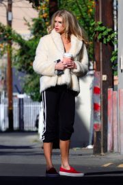 Charlotte McKinney Stills on the Set of a Photoshoot in Los Angeles 2018/01/27