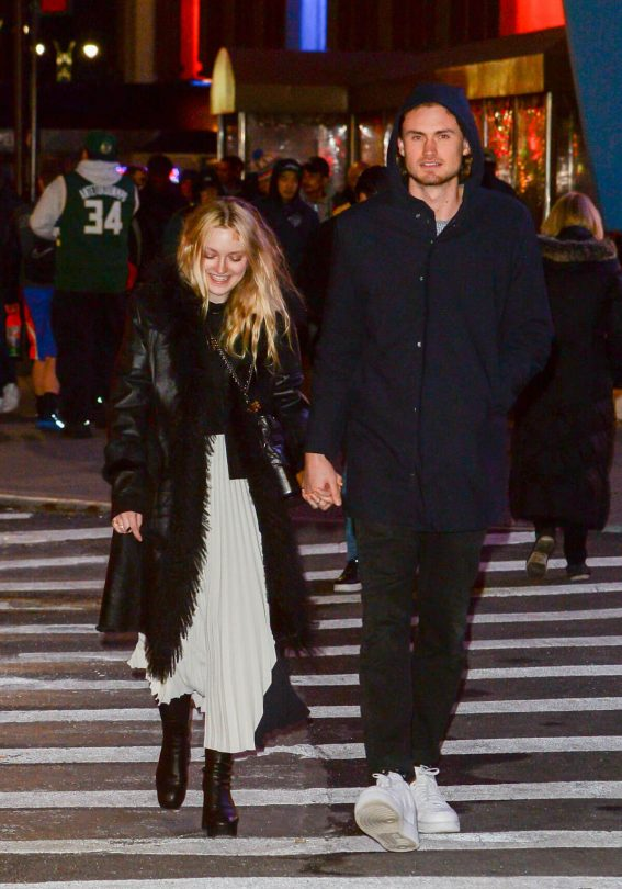 Dakota Fanning and Henry Frye Stills Out in New York 2018/02/06