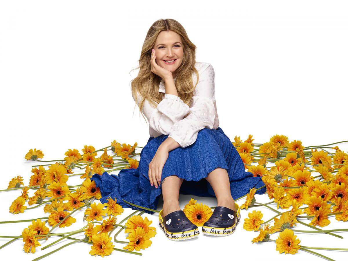 Drew Barrymore Poses for Drew Barrymore Crocs Color Block Collection, January 2018 Issue
