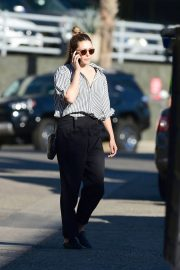 Elizabeth Olsen Stills Out and About in Los Angeles 2018/02/08