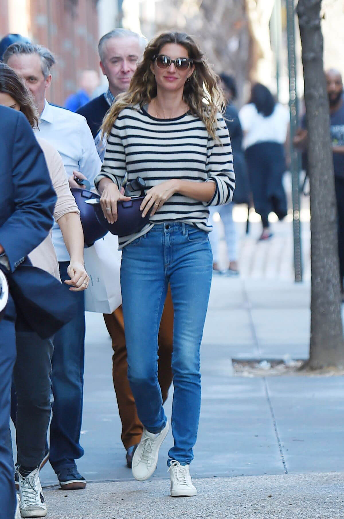 Gisele Bundchen Stills Out and About in New York 2018/02/21