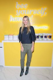 Gwyneth Paltrow Stills at Bumble Hive LA Debut with Gwyneth Paltrow and Friends in Los Angeles 2018/01/31