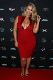 Hunter McGrady Stills at Sports Illustrated Swimsuit Issue 2018 Launch in New York 2018/02/14