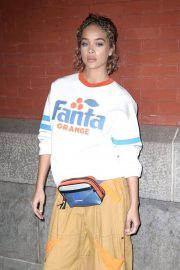 Jasmine Sanders Stills at Marc Jacobs Fashion Show at NYFW in New York 2018/02/14