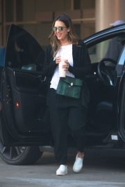 Jessica Alba Stills Out in Los Angeles 2018/02/05