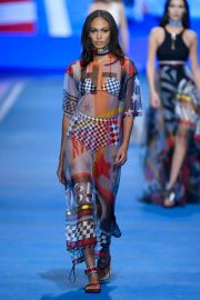 Joan Smalls Stills at Tommy Hilfiger Spring/Summer 2018 Runway Show in Milan 2018/02/25