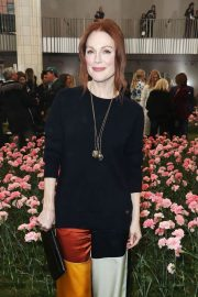 Julianne Moore Stills at Tory Burch Fall/Winter 2018 Fashion Show in New York 2018/02/09