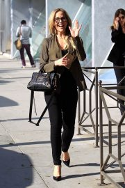 Julie Benz Stills Out and About in Beverly Hills 2018/02/06