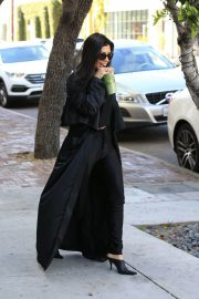 Kourtney Kardashian Stills Out and About in Los Ageles 2018/02/22