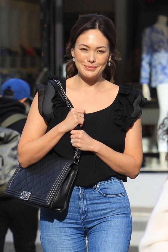 Lindsay Price Stills Out for Lunch in New York 2018/02/01