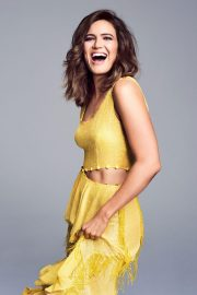 Mandy Moore Poses by Eric Ray Davidson Photoshoot, 2018 Issue