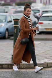 Michelle Keegan Stills Out and About in Manchester 2017/12/09