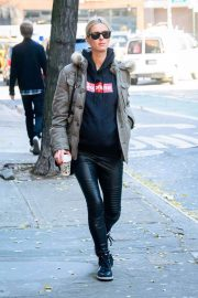 Nicky Hilton Stills Out in New York 2017/12/07