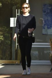 Olivia Wilde Stills Wears All Black Out and About in Los Angeles 2018/02/01