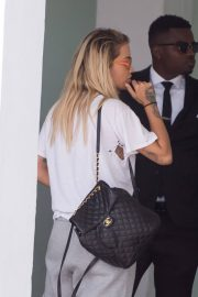 Rita Ora Stills Out and About in Miami 2018/02/24