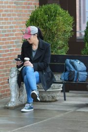 Sarah Silverman Stills Out for Coffee in New York 2018/01/11