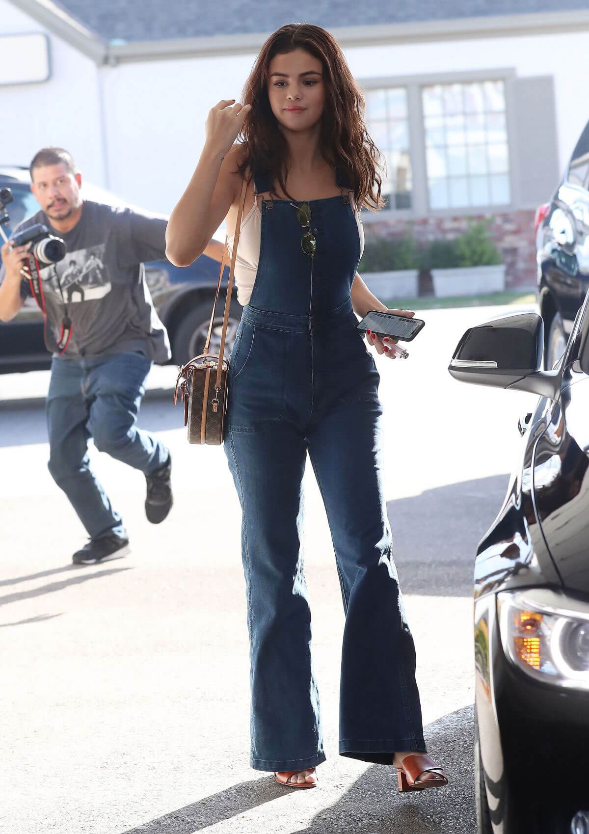 Selena Gomez Casual Outfits
