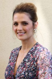 Stana Katic Stills at HFPA Offices in Los Angeles 2018/01/31