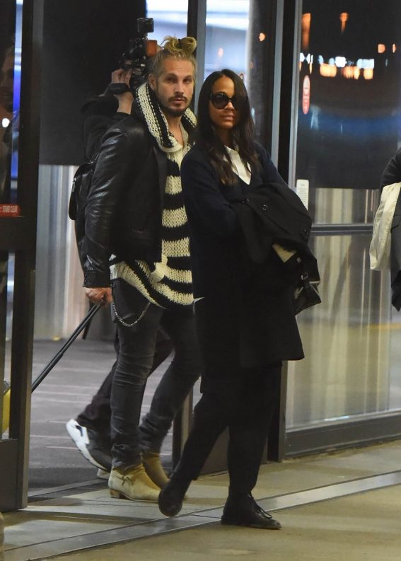 Zoe Saldana and Marco Perego Stills at LAX Airport in Los Angeles 2018/02/01