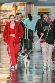 Bella Thorne and Mod Sun Stills at JFK Airport in New York 2018/03/20