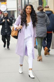 Camila Alves Stills Out and About in New York 2018/03/28 2
