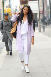 Camila Alves Stills Out and About in New York 2018/03/28 3