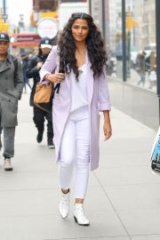 Camila Alves Stills Out and About in New York 2018/03/28 6