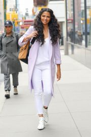 Camila Alves Stills Out and About in New York 2018/03/28 8