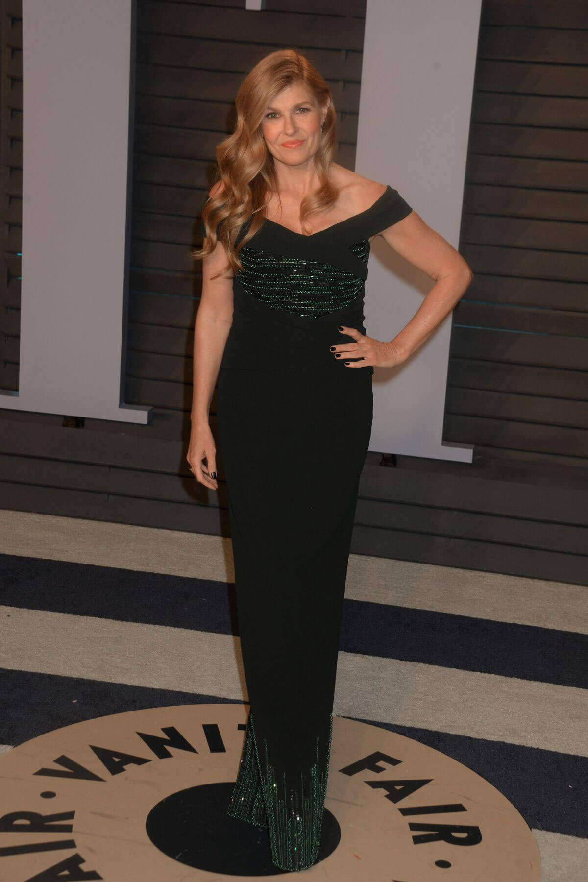 Connie Britton Stills at 2018 Vanity Fair Oscar Party in Beverly Hills 2018/03/04