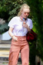 Dakota Fanning Stills Out and About in Hollywood 2018/03/23