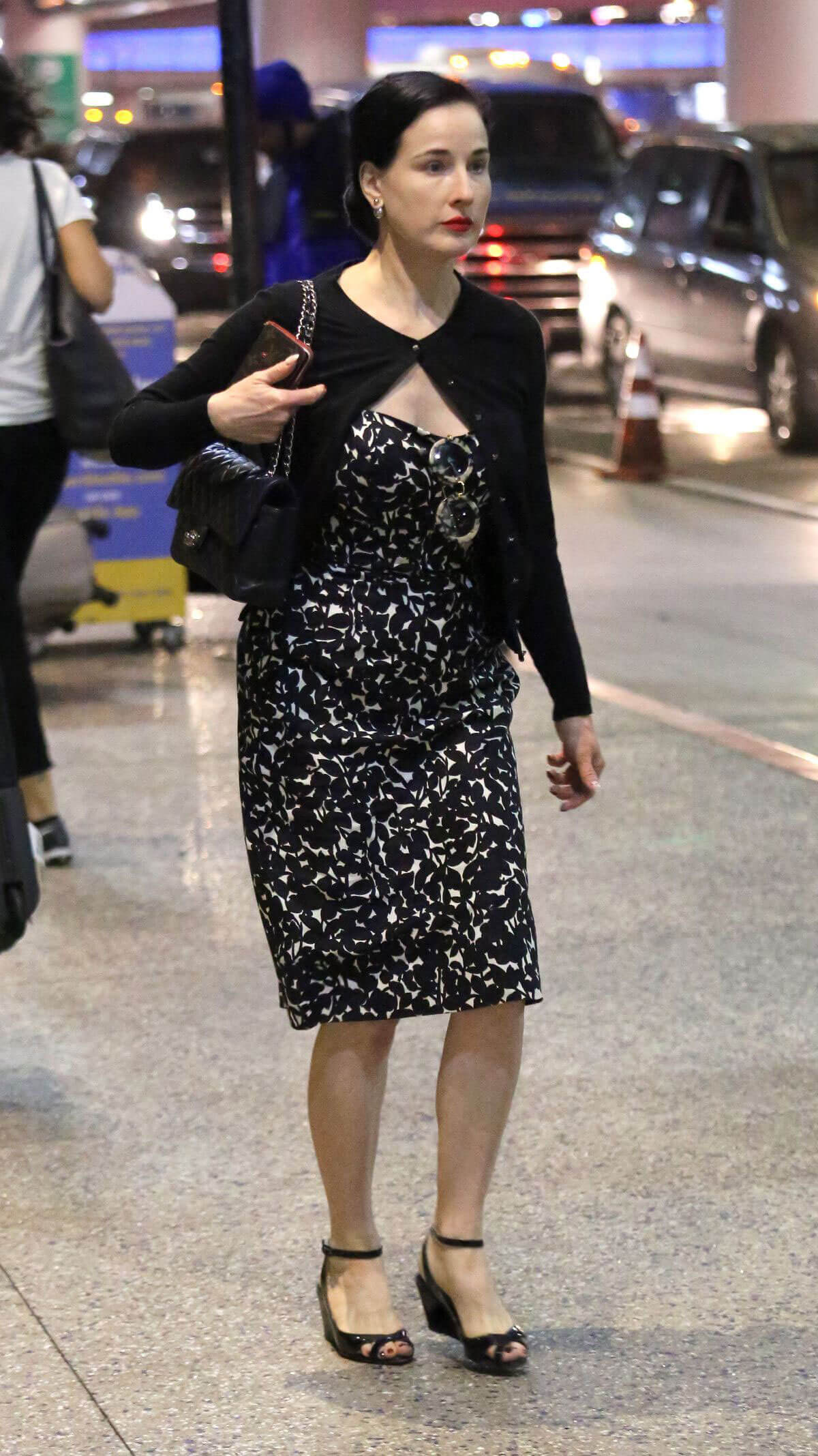 Dita Von Teese Stills at LAX Airport in Los Angeles 2018/03/28 2
