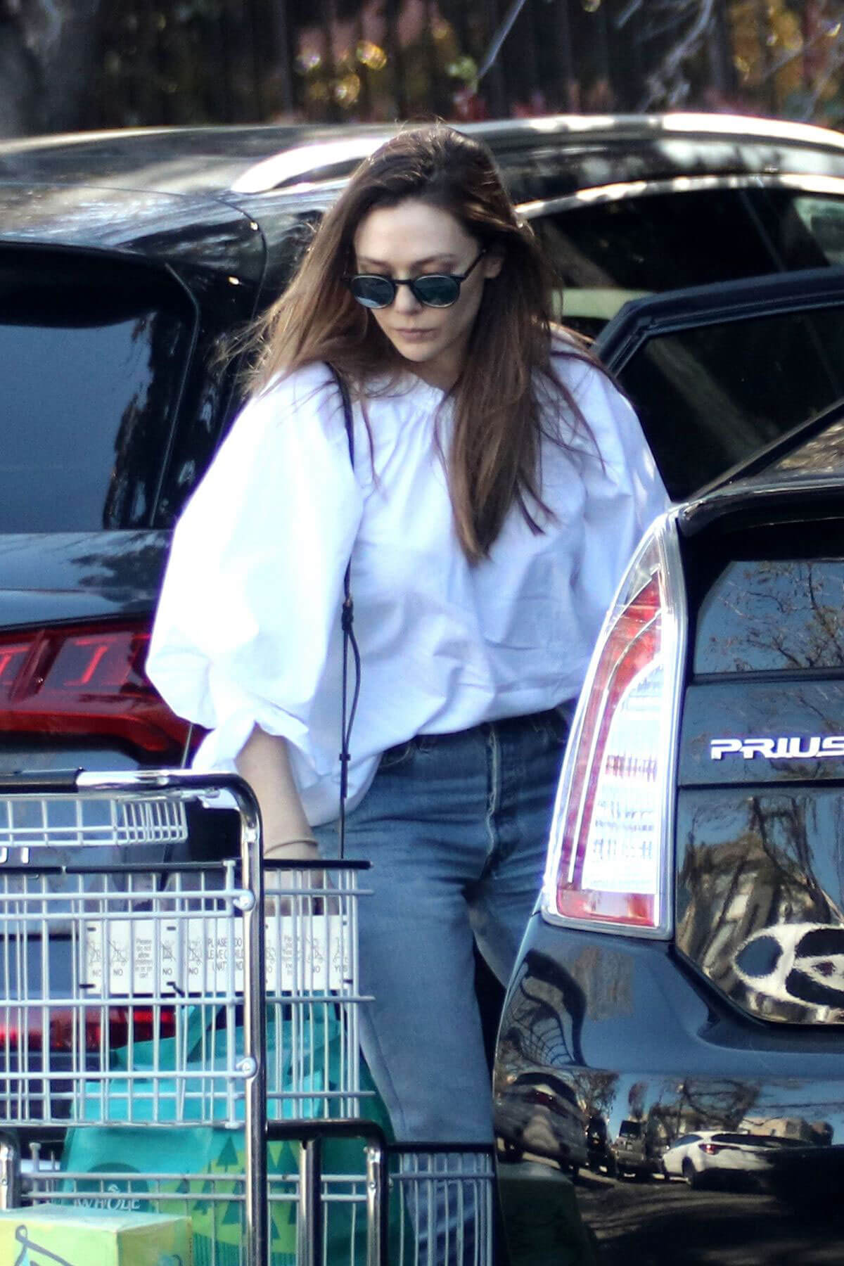 Celebrities Shopping At Whole Foods