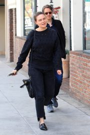 Emily Deschanel Stills Out for Lunch in Beverly Hills 2018/02/28