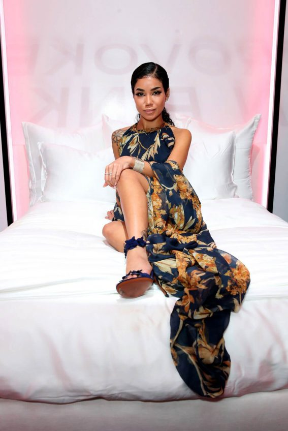 Jhene Aiko Stills at Chanel Pre-Oscars Event in Los Angeles 2018/02/28
