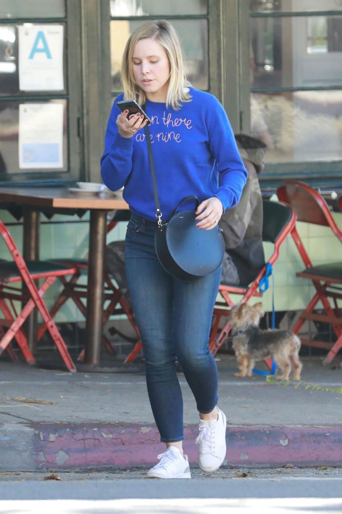 Kristen Bell Stills Out and About in Los Angeles 2018/03/15