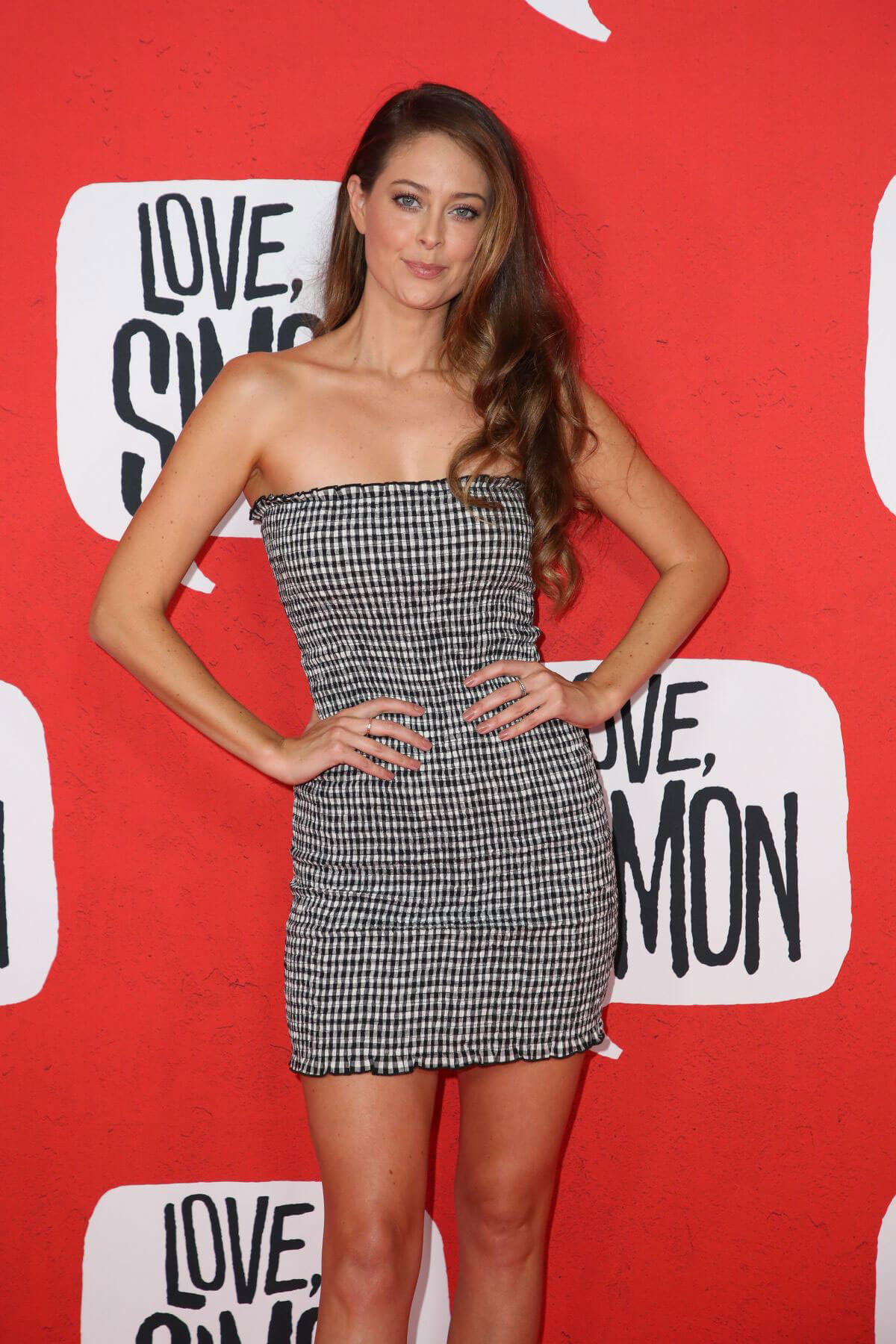 Lana Jeavons-fellows Stills at Love, Simon Premiere in Sydney 2018/03/18