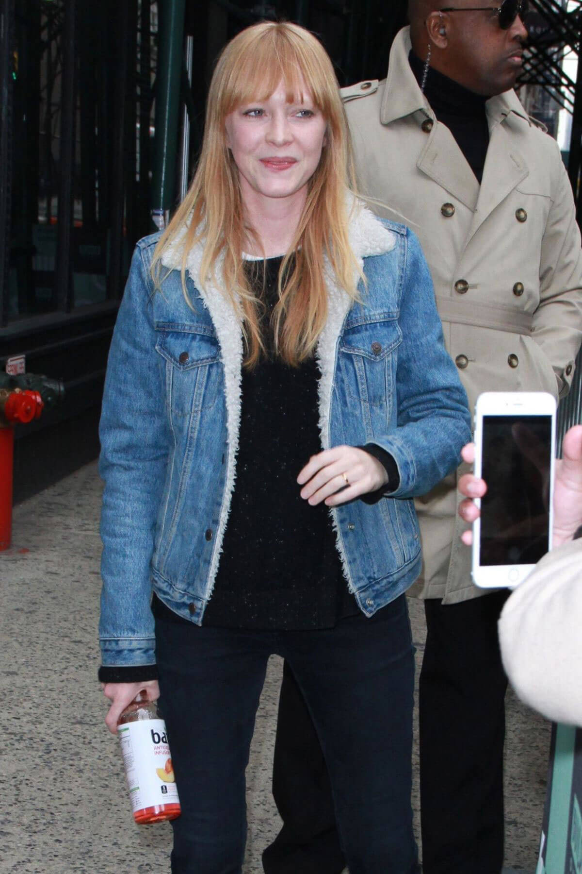 Lucy Rose Stills Arrives at AOL Build Series in New York 2018/03/28 7