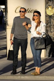 Maria Menounos and Keven Undergaro Stills Out Shopping in Beverly Hills 2018/02/07
