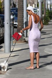 Nicole Murphy Stills in Tight Dress Out with Her Dog in Beverly Hills 2018/03/28 4
